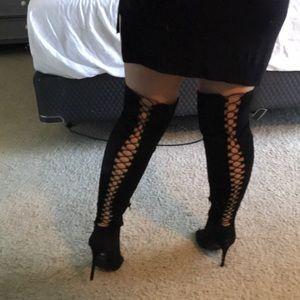 7fc077d8b52 NIB Thigh high over knee stiletto peep toe boots NWT